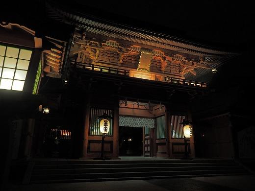 夜の富士山本宮浅間大社